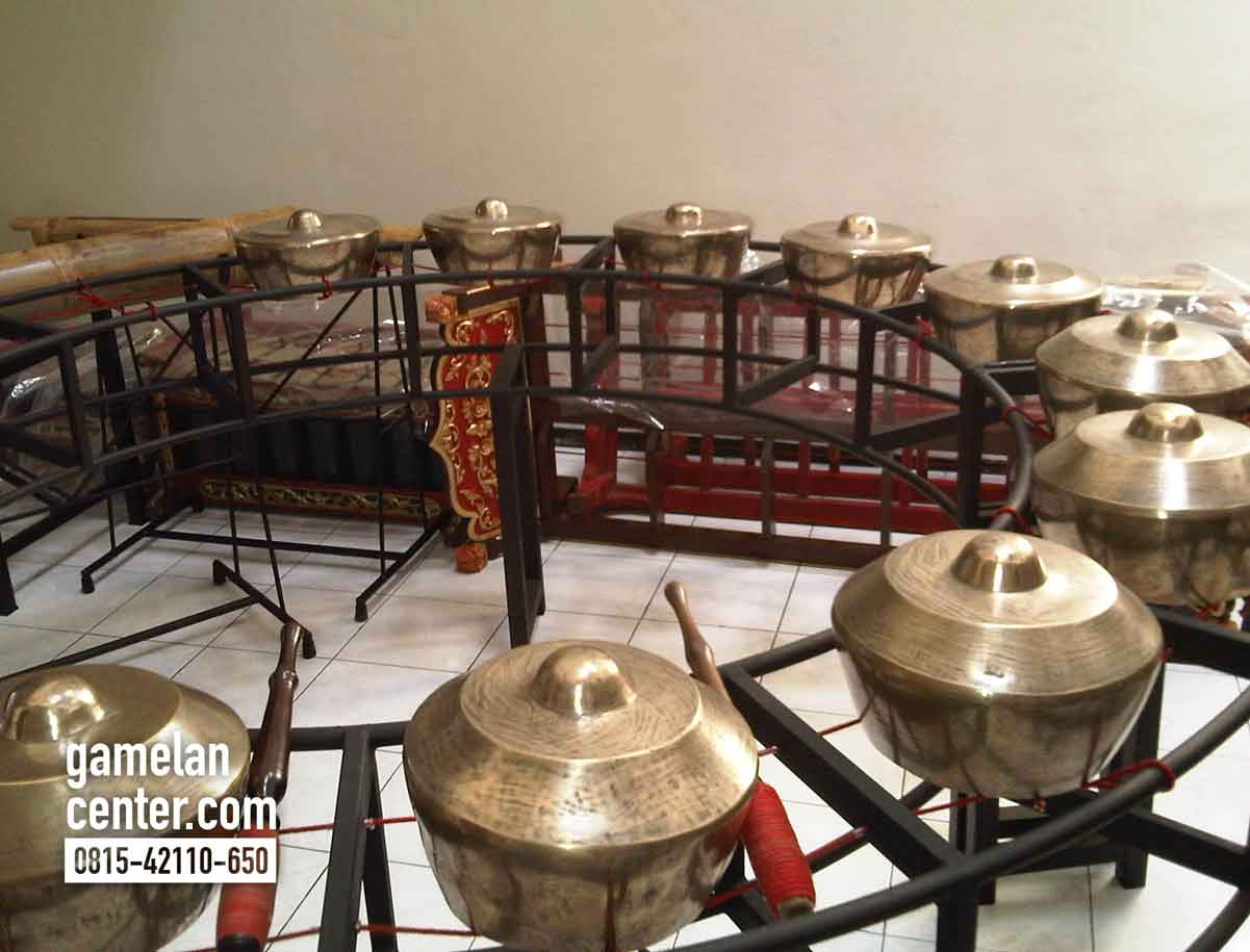 gamelan-center-jogja8
